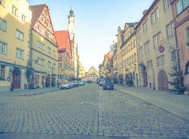 伝統を受け継ぐ格調高いドイツ家具の特長と選び方をご紹介
