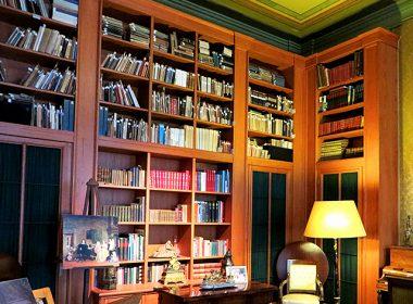 大人な雰囲気が漂う「書斎」