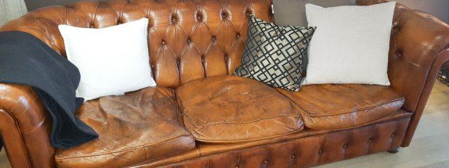 気になるソファのヘタり…クッション交換のタイミングとは?