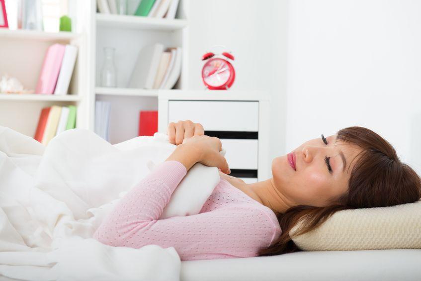 枕の高さと安眠の関係性は?高さ調整機能付き枕に注目!