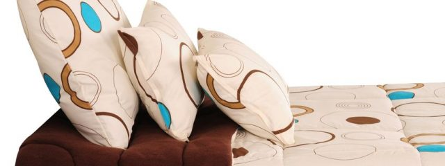 枕の黄ばみは未然に防げる?洗える枕と簡単黄ばみ対策