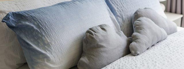 ベッドの大きさで合わせる枕サイズとサイズの種類について