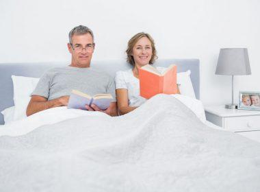背もたれや傾斜がつけられるベッドと睡眠の関係性