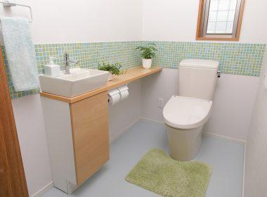 思わず自慢したくなるトイレのインテリアと上級者向けコーディネート