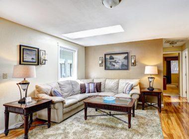 リビングテーブルの天板の素材でガラッと変わるお部屋の印象